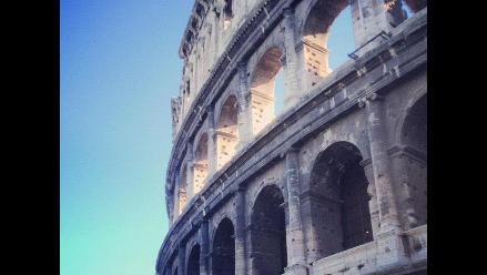 Coliseo romano está inclinado sobre su lado sur 40 centímetros