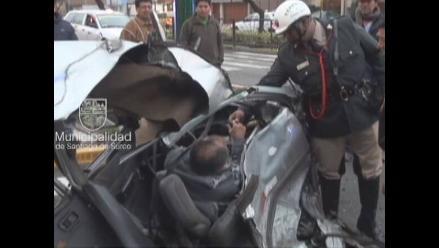 Taxista se salva de morir tras violento choque en Surco