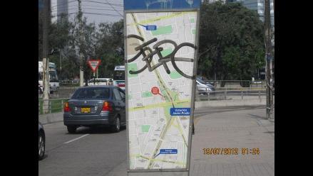 San Isidro: Letreros guía del Metropolitano fueron pintados con spray