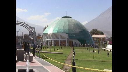 Realizan observaciones a Palacio Metropolitano de Arequipa