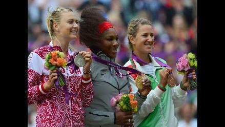 Serena Williams destroza a Sharapova y logra el oro en Londres 2012