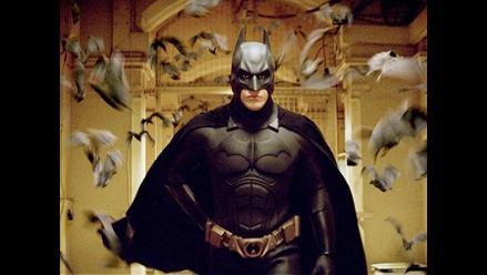 Batman domina las taquillas por tercera semana