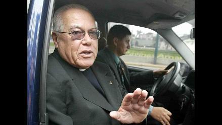 Bambarén pide a Santos dejar la soberbia y lo insta al diálogo