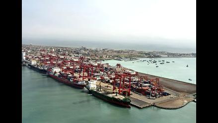 Puerto del Callao redujo a 12 horas atención a portacontenedores