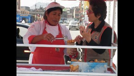 Elizabeth Izquierdo promueve el comercio formal en San Martín de Porres