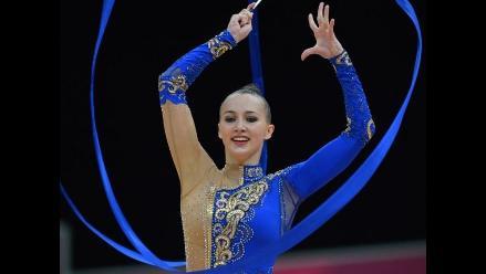 Disfrute de las ´diosas´ de la gimnasia rítmica de Londres 2012