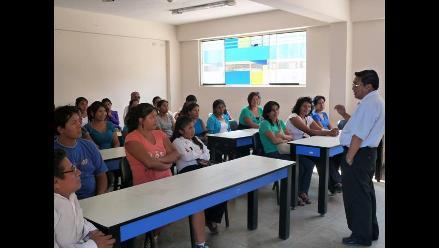 El padre José Chuquillanqui impulsa la fe y obras en Manchay