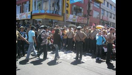 Arequipa: Mil policías custodian Corso de la Amistad