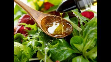 Dieta mediterránea rica en aceite de oliva ayuda a proteger los huesos