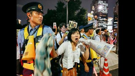 Japoneses protestan contra centrales nucleares