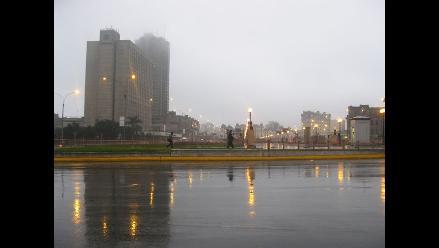 Lloviznas en varios distritos de Lima continuarán hasta este lunes