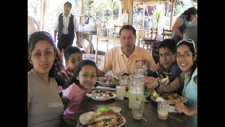 Comer en familia nos mantiene más sanos
