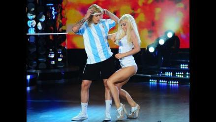 Claudio Caniggia es imitado por su hijo en show de baile de Tinelli
