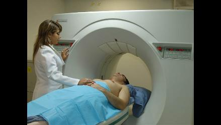 Aprueban ley para financiar atención del cáncer y servicios oncológicos