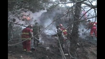 Arequipa: Incendio forestal pone en riesgo casino militar del Ejército