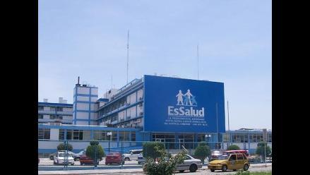 Chiclayo: Médicos entregan conducción de hospital a gerente de EsSalud