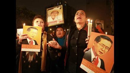 Seguidores de expresidente Fujimori realizan vigilia por su salud