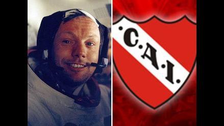 Neil Armstrong llevó a la Luna un banderín del Independiente argentino