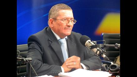 Vitery anuncia querella contra San Martín tras expulsión