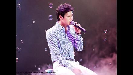 Park Yoochun de JYJ dedica premio a su padre