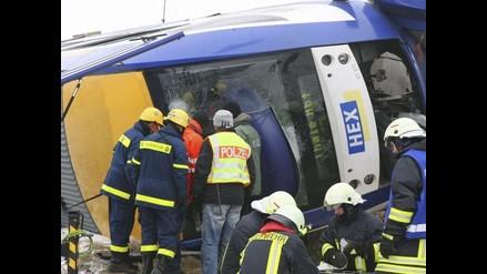 Choque de tren deja 5 muertos y 25 heridos en Azerbaiyán