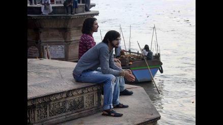 Ashton Kutcher graba escenas de la vida de Steve Jobs en la India