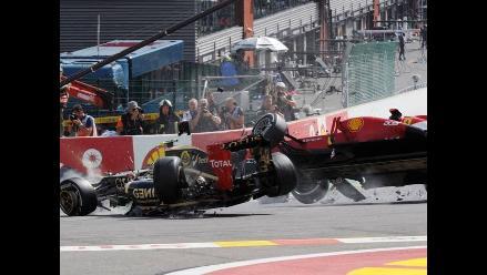 Alonso y Hamilton sufrieron accidente durante el GP de Bélgica