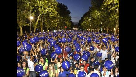 España: Récord Guinness por mantener miles de balones de playa al aire