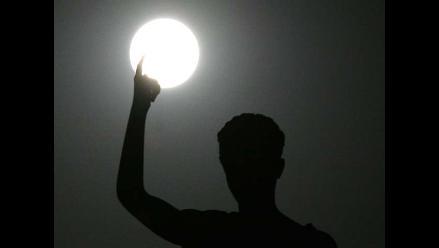 Luna azul y su guiño cósmico a Neil Armstrong