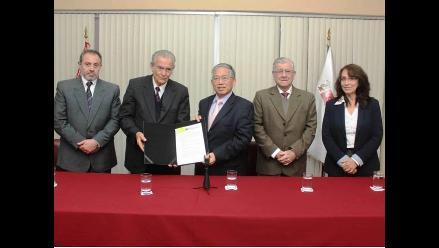 Trujillo: Entregan terrenos para construcción de Autopista del Sol
