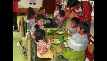 INEI: 38% de hogares con menores accedieron a programas alimentarios