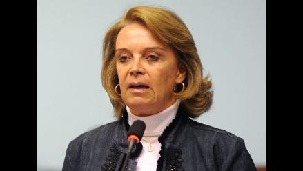 Cuculiza insulta a Rimarachín durante pedido de investigación a CVR