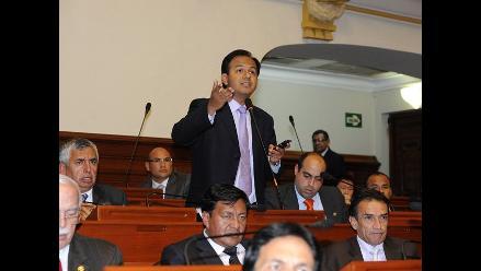 Díaz Dios sugiere debatir desafuero de congresista Emiliano Apaza