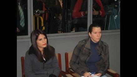 Eva Bracamonte y Liliana Castro abandonan el penal de Santa Mónica