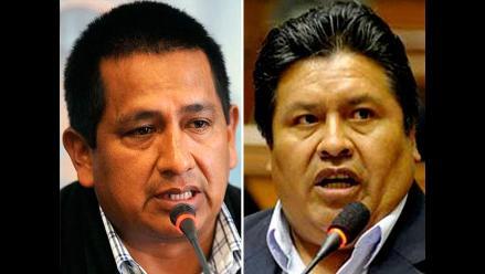 Suspenden por 120 días a dos parlamentarios oficialistas