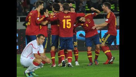 España inició con triunfo su recorrido rumbo al Mundial de Brasil 2014