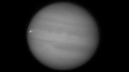 Captan impacto de un objeto contra el planeta Júpiter