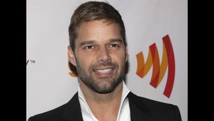 Ricky Martin inicia campaña para fomentar el uso del preservativo