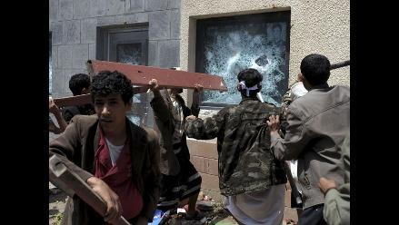 Presidente yemení lamenta asalto a Embajada de EEUU en Saná