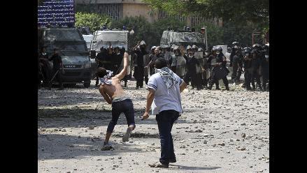 Al menos 70 heridos en choques cerca de embajada de EEUU en Egipto