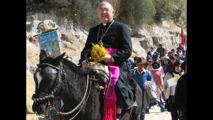 Arzobispo de Huancayo: Con los senderistas no se dialoga