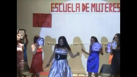 Con teatroterapia buscan resocializar a internas de penal en Cusco