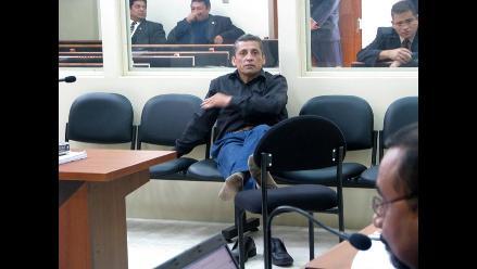 Antauro Humala pide disculpas públicas de fiscal y procurador