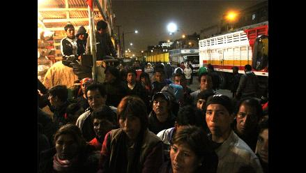 Comerciantes de La Parada atentos ante traslado a Santa Anita