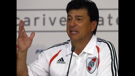 Daniel Passarella respaldó a Matías Almeyda como técnico de River Plate