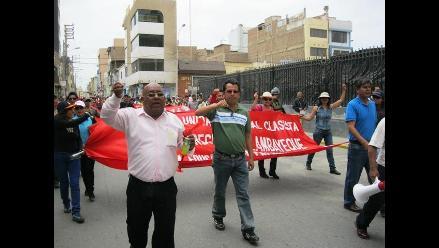 Chiclayo: Presentan acción de amparo contra ley de reforma magisterial