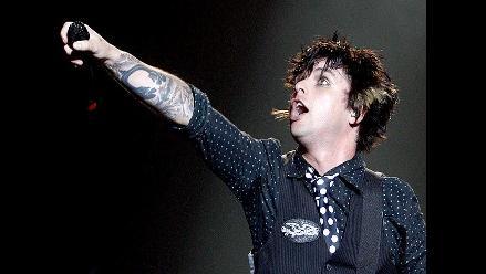 Vocalista de Green Day pierde los papeles en festival iHeartRadio