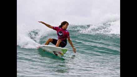 Sofía Mulanovich consiguió el tercer puesto en el Surf Pro de Estoril