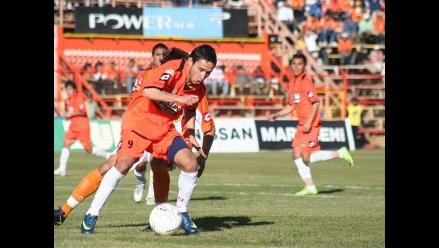 Juan José Barros anota gol de triunfo para Cobreoloa sobre la Católica