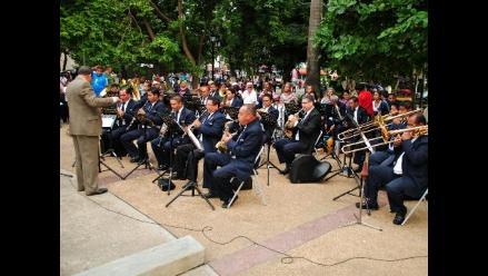 Vuelve la música y tradición a los parques del Centro de Lima